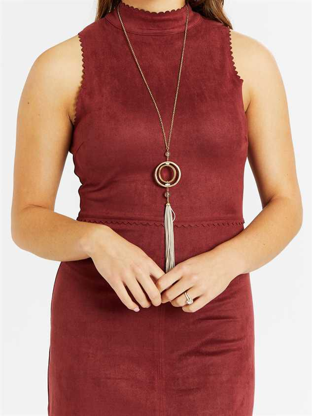 Kenley Dress Detail 4 - Altar'd State