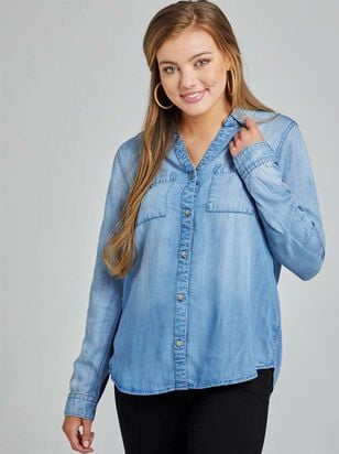 Classic Button-Up Top - Altar'd State