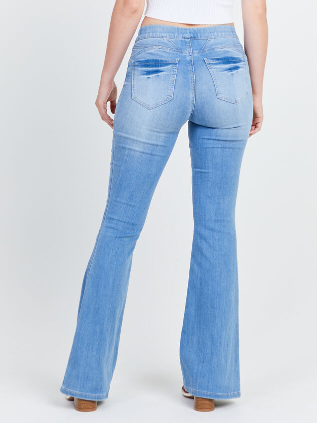 Luttrell Flare Jeans Detail 4 - Altar'd State