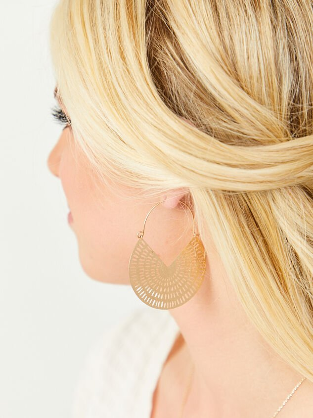 Jolene Earrings Detail 2 - Altar'd State