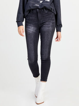 Batida Skinny Jeans - Altar'd State
