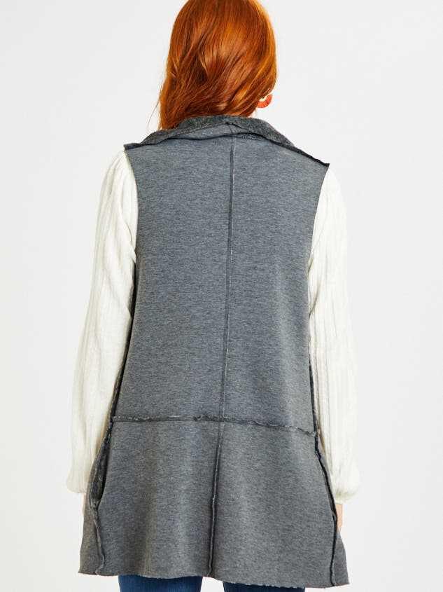 Adoria Reversible Vest Detail 3 - Altar'd State