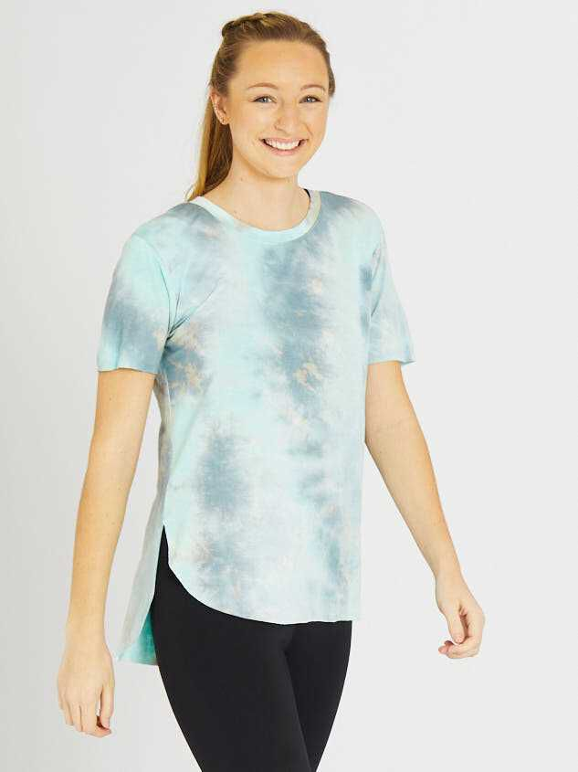 Revival Limitless Tie Dye Top Detail 2 - Altar'd State