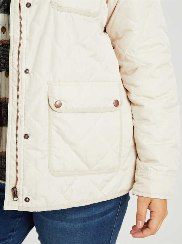Alpine Quilted Puffer Jacket Detail 5 - Altar'd State