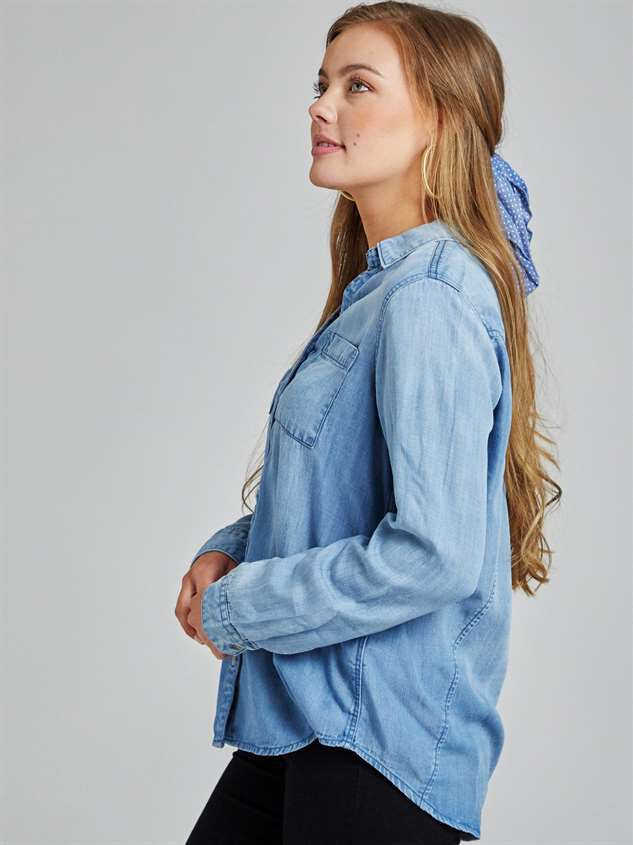Classic Button-Up Top Detail 2 - Altar'd State
