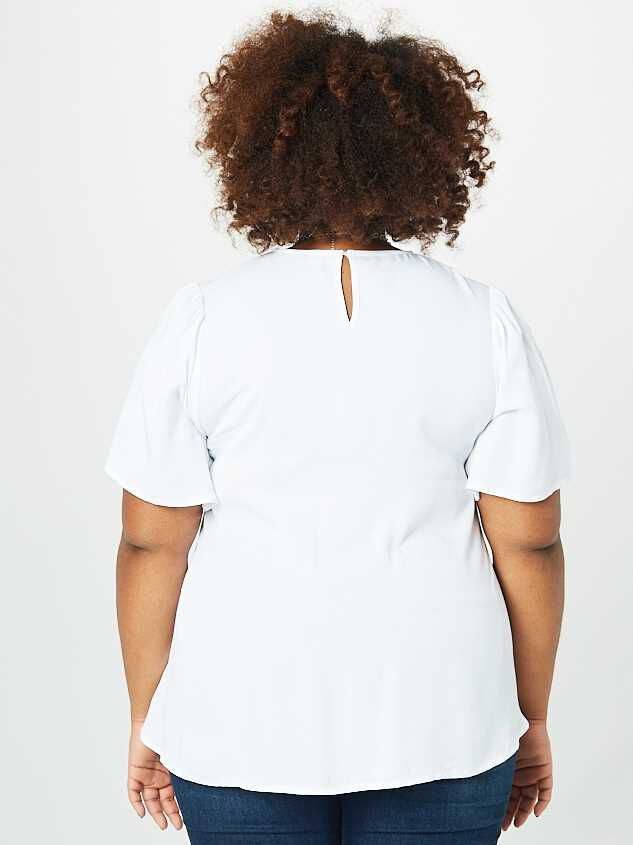 Ruby Rose Top - White Detail 4 - Altar'd State