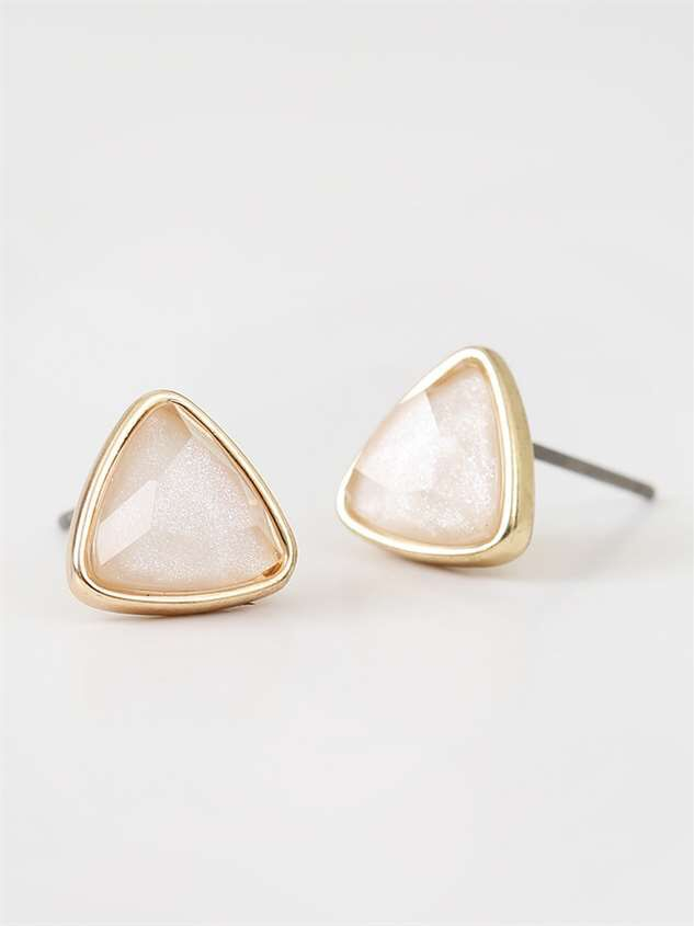 Pearled Triangle Earring Set Detail 4 - Altar'd State
