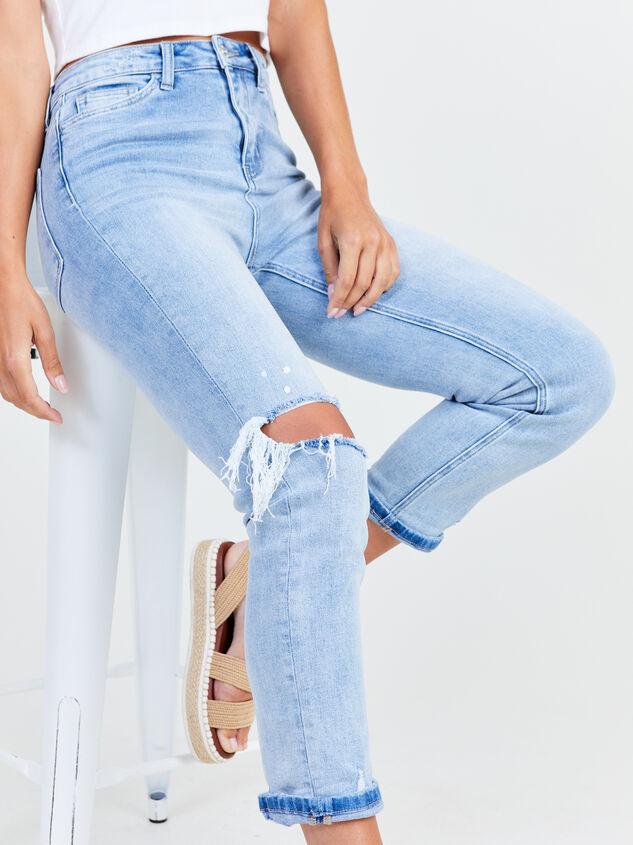 Novelty Mom Jeans Detail 5 - Altar'd State