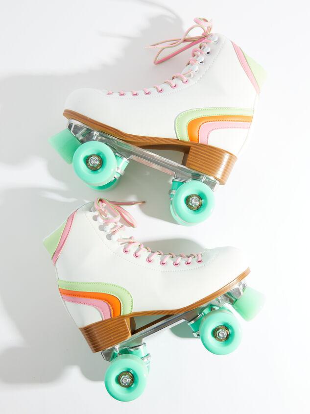 Brite Retro Skates - Mint Wheels - Altar'd State