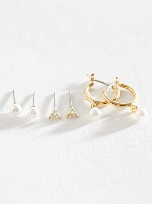 Pearly State of Mind Earrings - Altar'd State