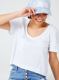 Bay Cropped Tee Detail 2 - Altar'd State