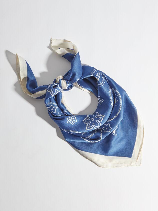 Bailey Paisley Headscarf Detail 1 - Altar'd State