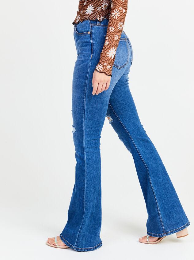 Taylor Flare Jeans Detail 3 - Altar'd State