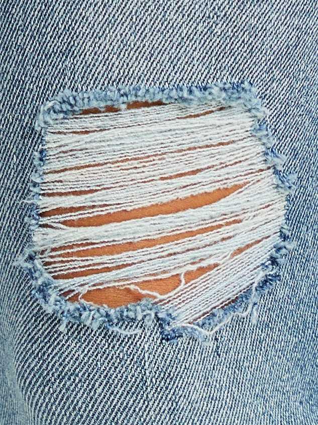Barlow Jeans Detail 5 - Altar'd State