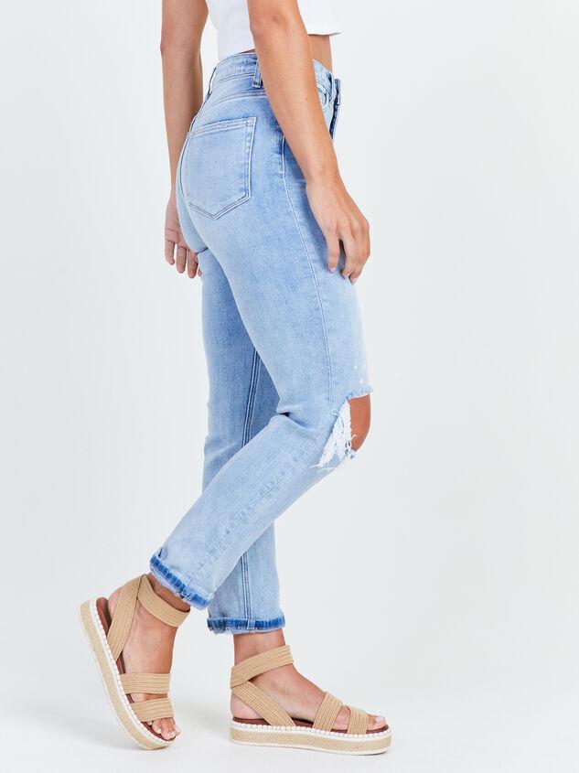 Novelty Mom Jeans Detail 3 - Altar'd State