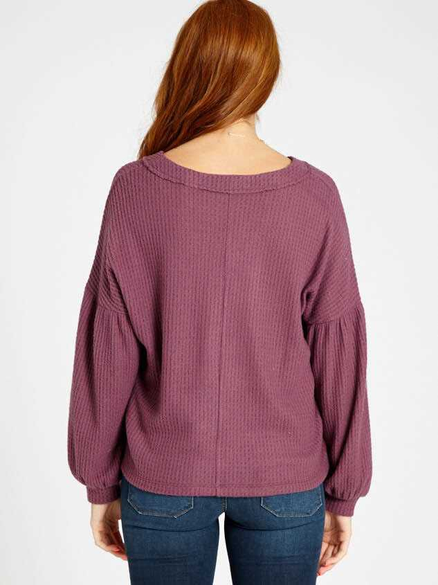 Dreamin' in Thermal Brushed Balloon Sleeve Top Detail 4 - Altar'd State