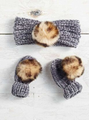 Tullabee Pom Head Wrap & Mittens - Altar'd State