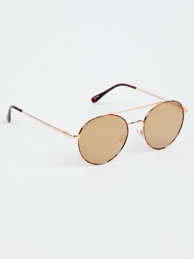 Vantage Point Sunglasses - Altar'd State