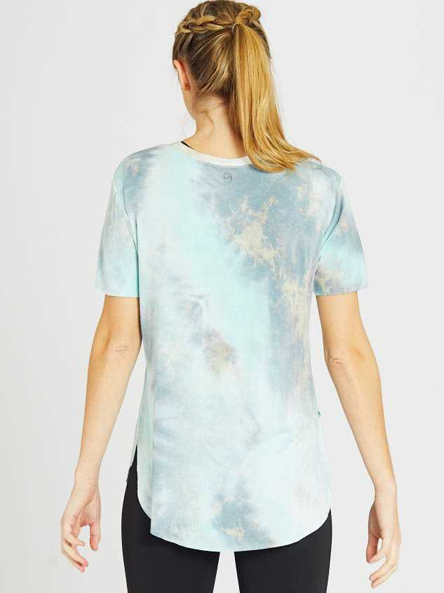 Revival Limitless Tie Dye Top Detail 4 - Altar'd State