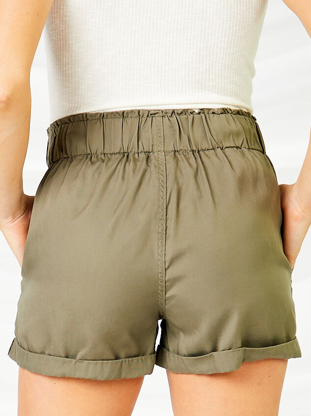 Cargo Shorts Detail 5 - Altar'd State