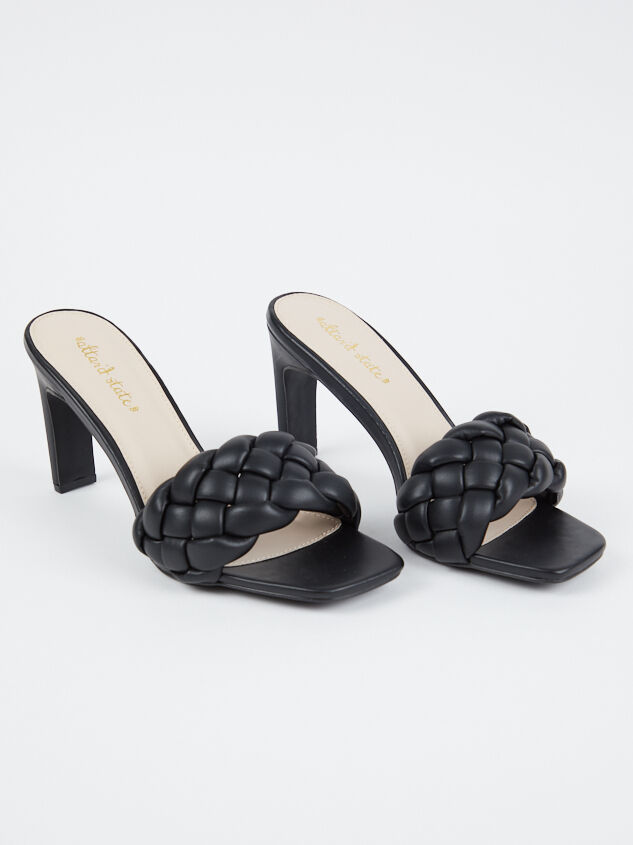 Kaytee Shoes - Altar'd State