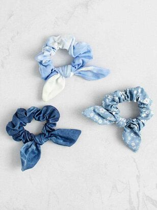 Feelin' the Blues Scrunchy Set - Altar'd State
