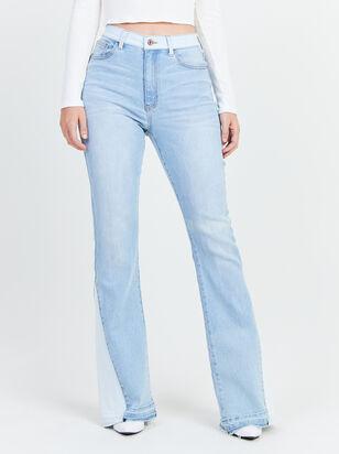 Donna Contrast Flare Jeans - Altar'd State