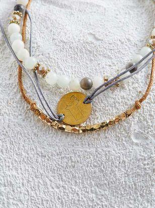 Massachusetts Friendship Bracelets - Altar'd State