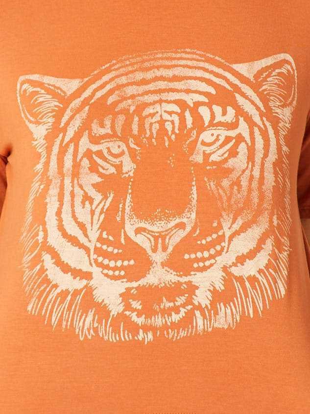 Resting Tiger Top Detail 4 - Altar'd State