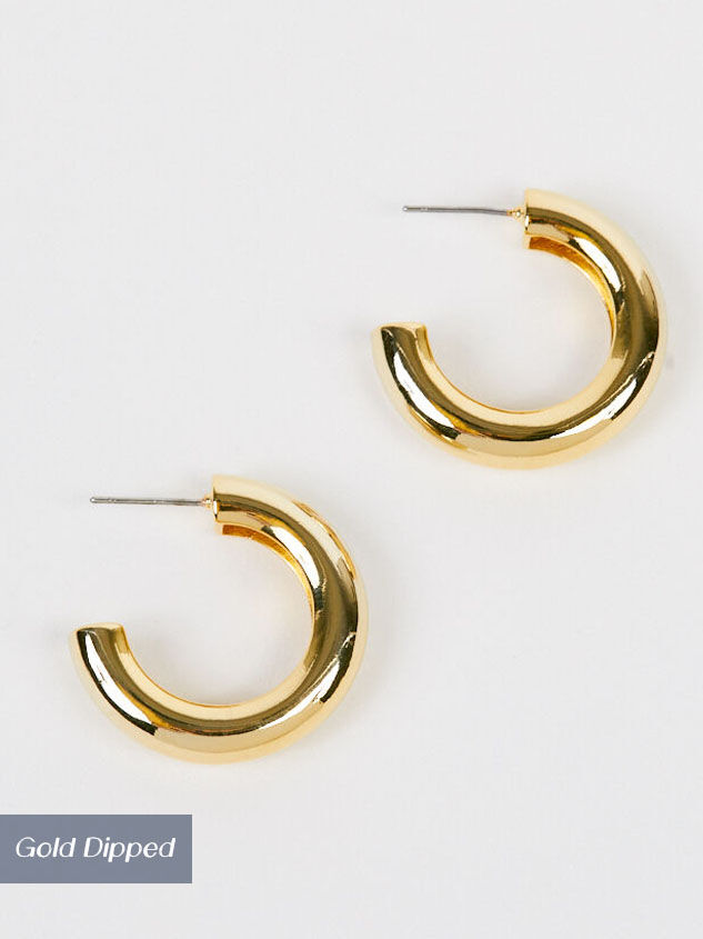 Ansley Thick Hoop Earrings Detail 2 - Altar'd State