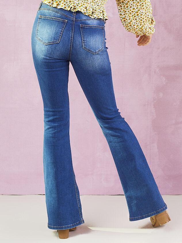 Bonsalla Flare Jeans Detail 4 - Altar'd State