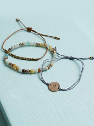 Iowa Friendship Bracelets - Altar'd State