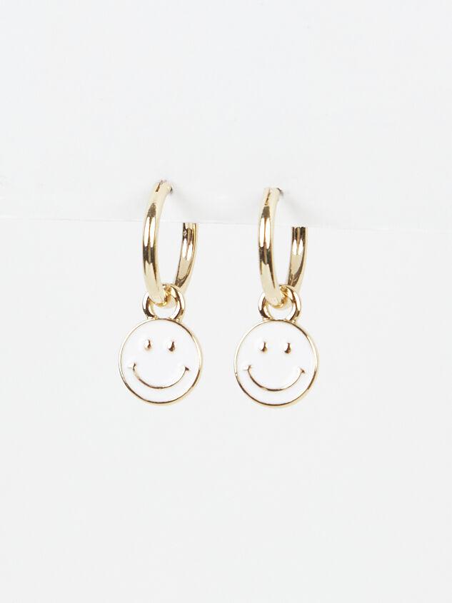 Smiley Earrings - Altar'd State