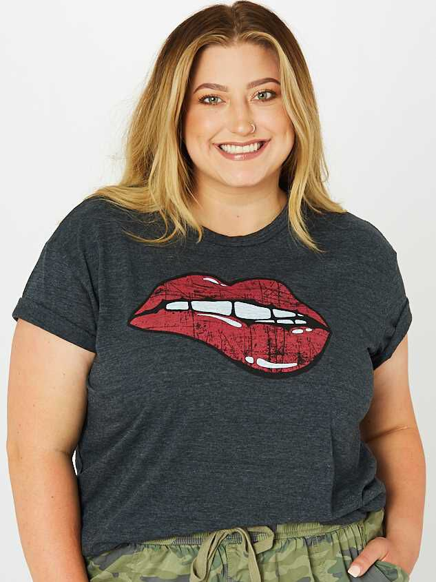 Lips Top - Altar'd State