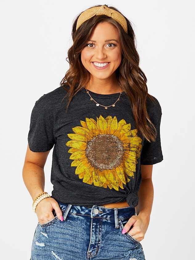 Sunflower Fields Top - Altar'd State