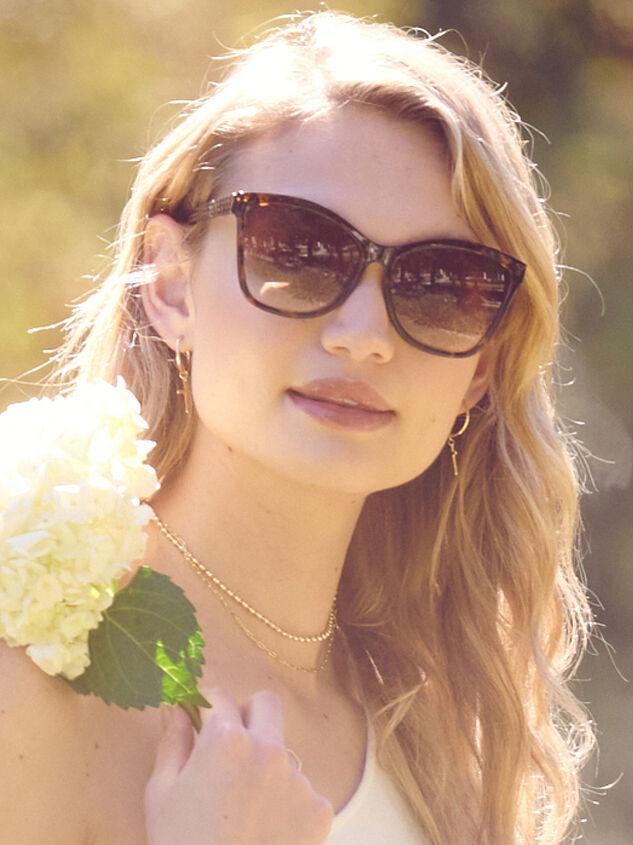 Dolman Sunglasses - Altar'd State