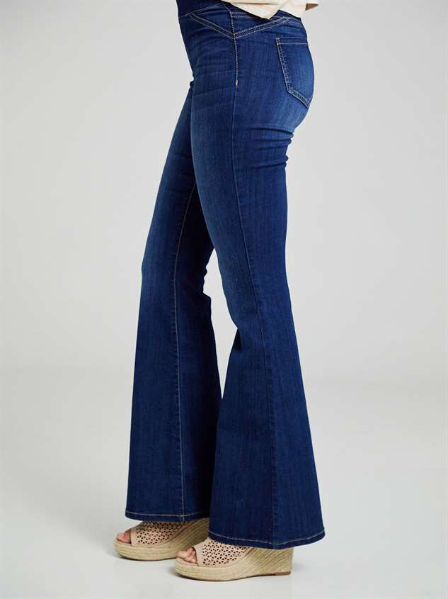 Luttrell Flare Pants Detail 4 - Altar'd State