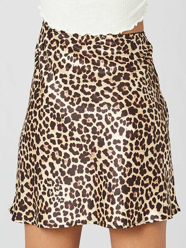 Leopard Satin Skirt Detail 4 - Altar'd State
