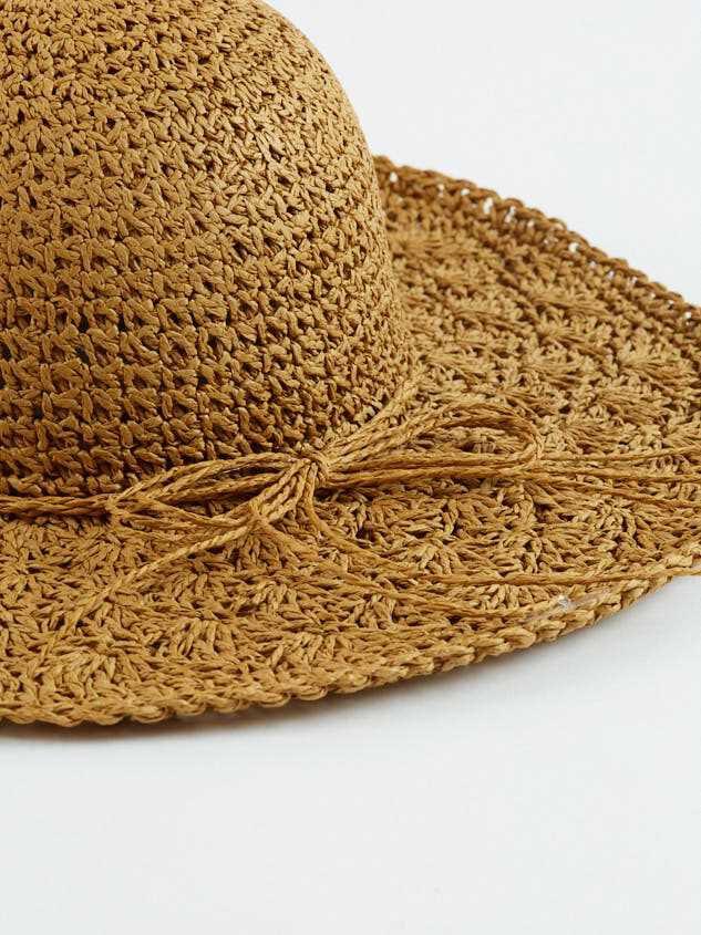 Sunset Hat Detail 3 - Altar'd State