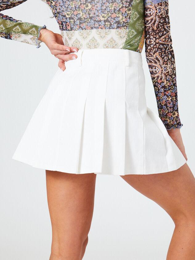 Nami Skirt Detail 5 - Altar'd State