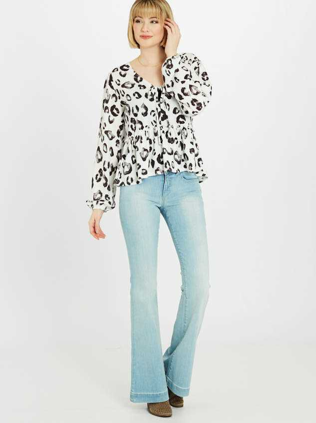 Hanna Flare Jeans - Altar'd State