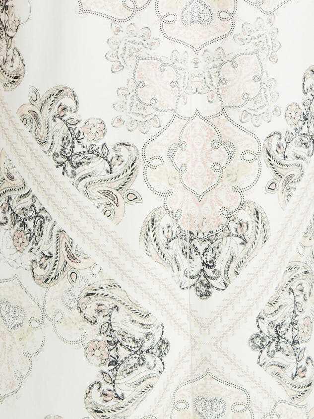 Bonovich Dress Detail 4 - Altar'd State