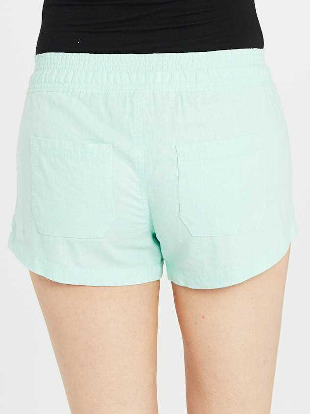 The Radiant Linen Shorts Detail 4 - Altar'd State