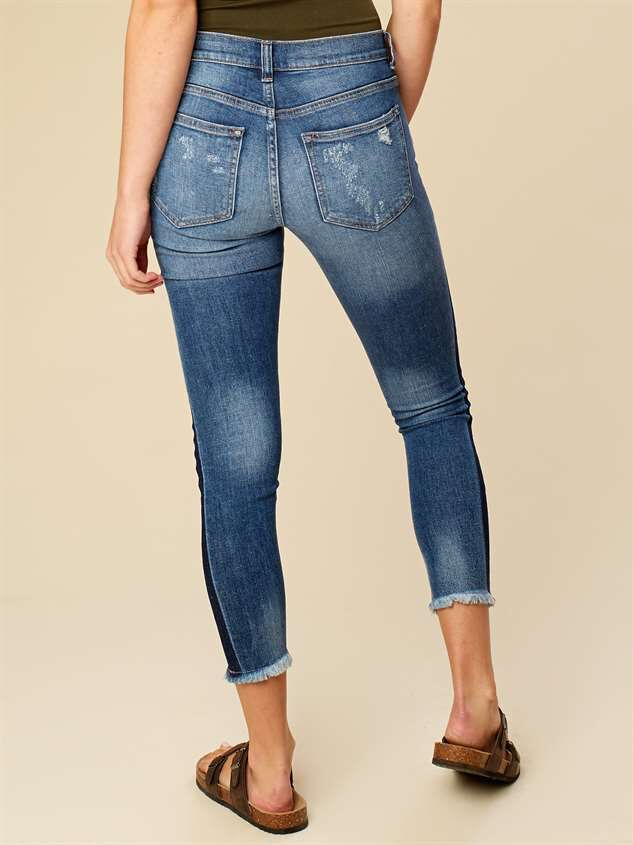 Two Tone Frayed Skinny Jeans Detail 3 - Altar'd State