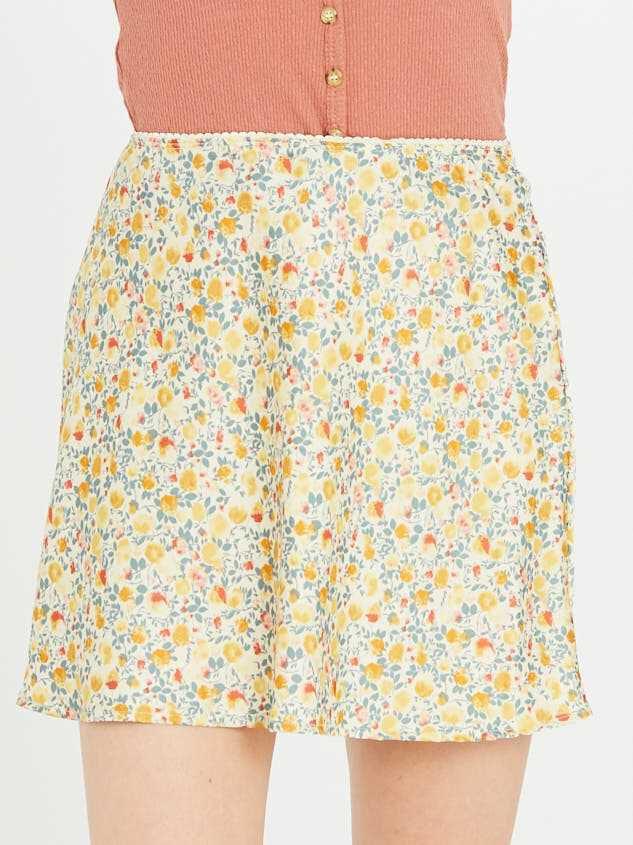 Buttercup Skirt Detail 2 - Altar'd State