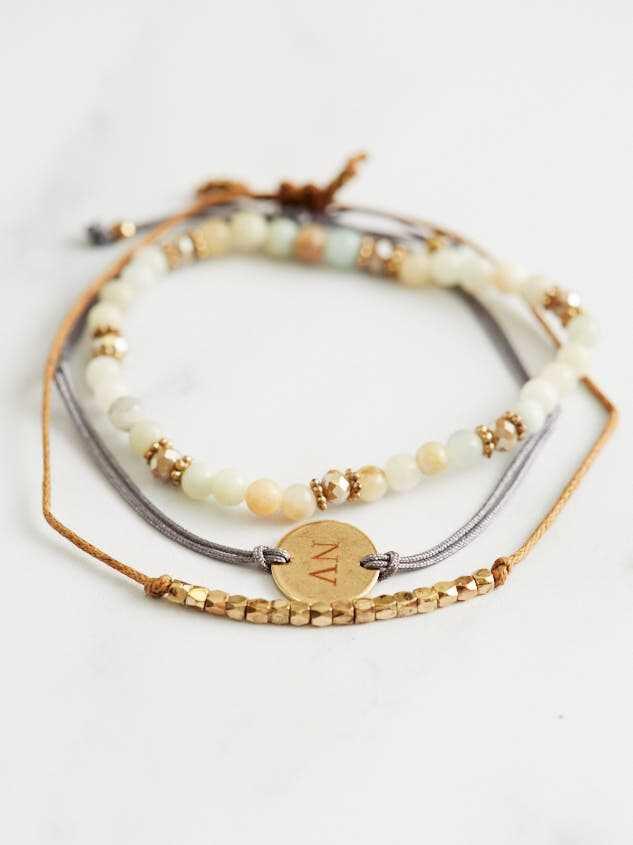 Nevada Friendship Bracelets Detail 2 - Altar'd State