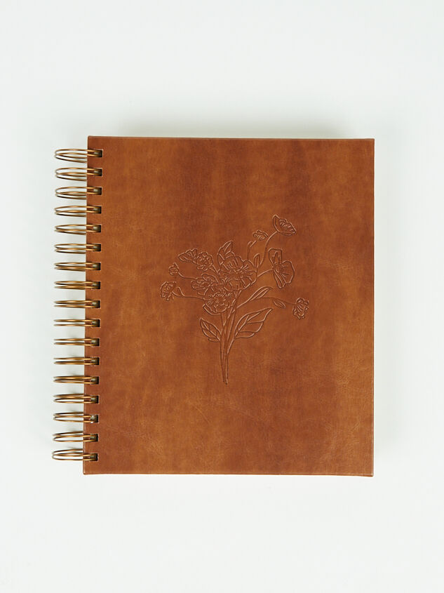 Hosanna Revival Leather 17-Month Planner - Altar'd State