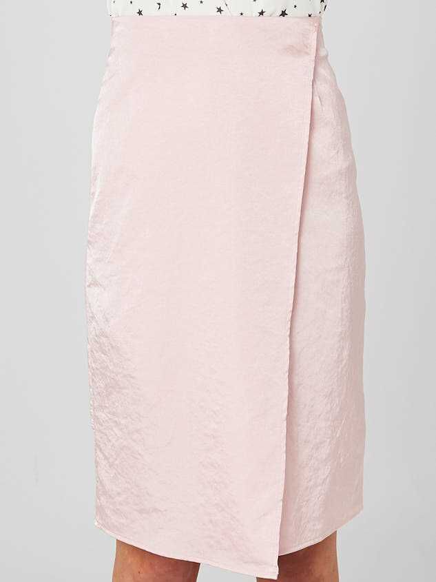 Adalyn Midi Skirt Detail 2 - Altar'd State