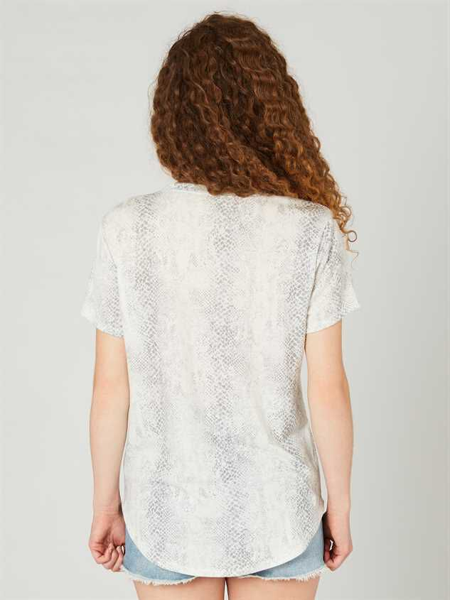 The Snake Print Tee Detail 3 - Altar'd State