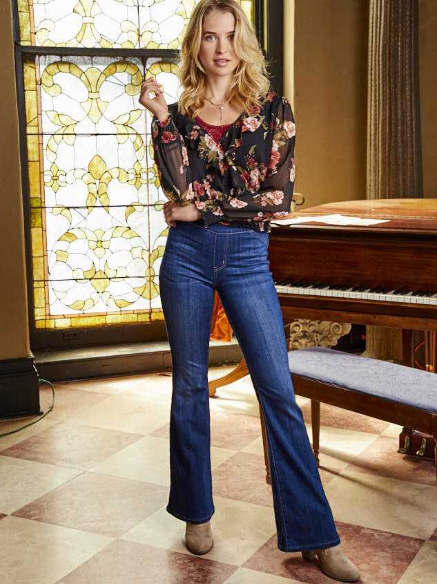 Luttrell Flare Pants - Altar'd State